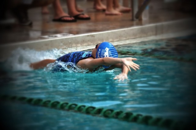 Kenzie Backstroke Kennett